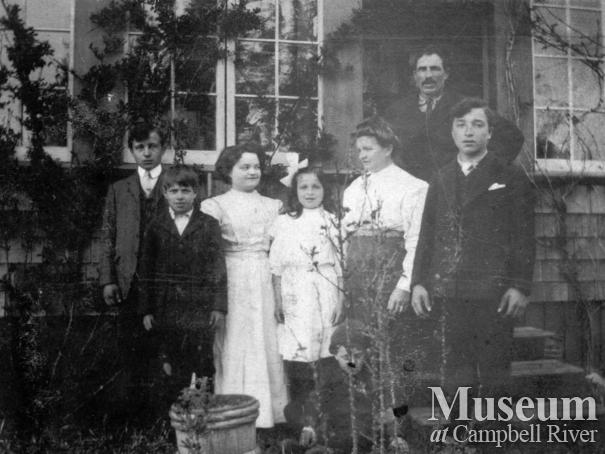 Alfred Joyce and Family of Quadra Island
