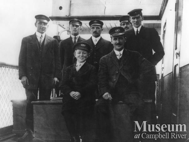 Crew on the Union Steamship, Venture