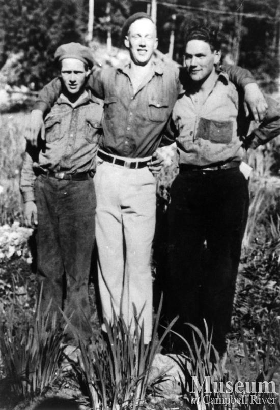 Trio on Read Island