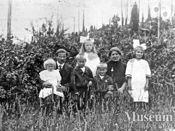 Alfred Luoma Family, Granite Bay, Quadra Island