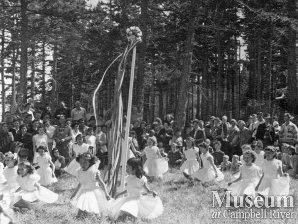 Quadra Island May Day celebrations, 1955