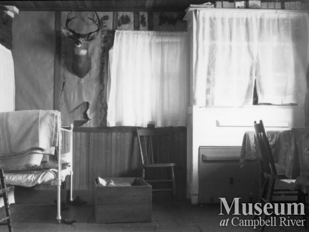 Interior of Schnarr house, early 1920's Bute Inlet