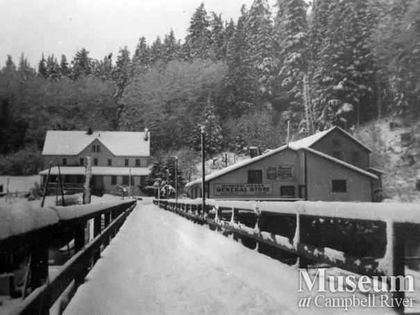 Minstrel Island general store and wharf