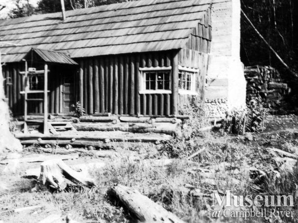 Jim and Laurette Stanton's home at the head of Knight's Inlet, B.C.