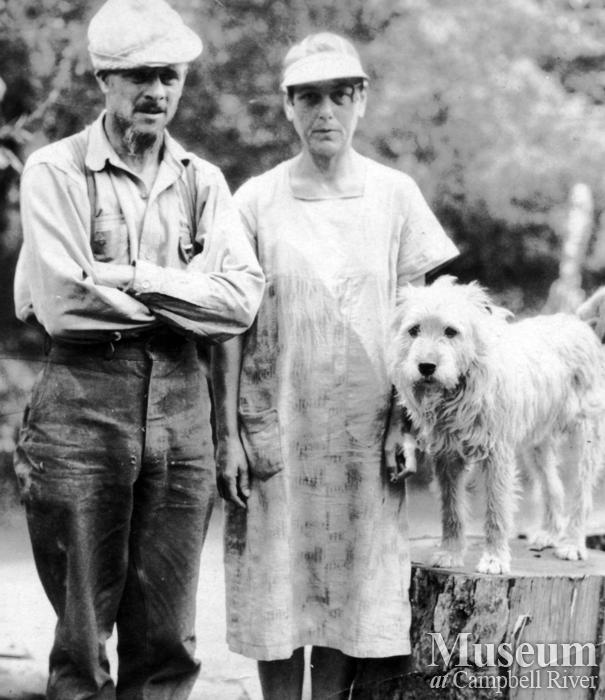 Jim and Laurette Stanton with dog