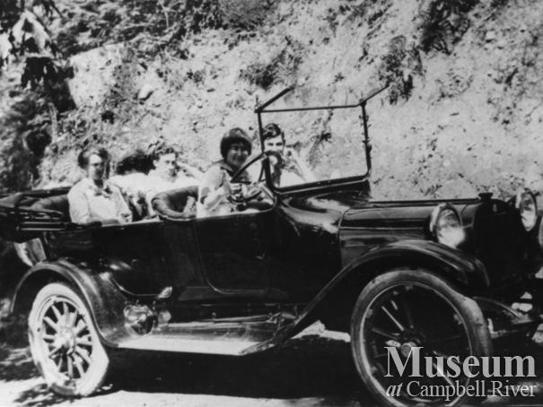 W.E. Anderson's daughters and others in car on Quadra Island
