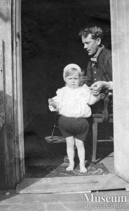 Roy Marlatt with his daughter Doris