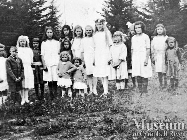 May Day celebration on Quadra Island, 1922