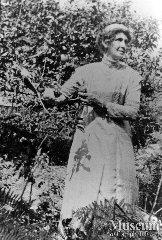Mrs. James A. Nixon of Twin Islands