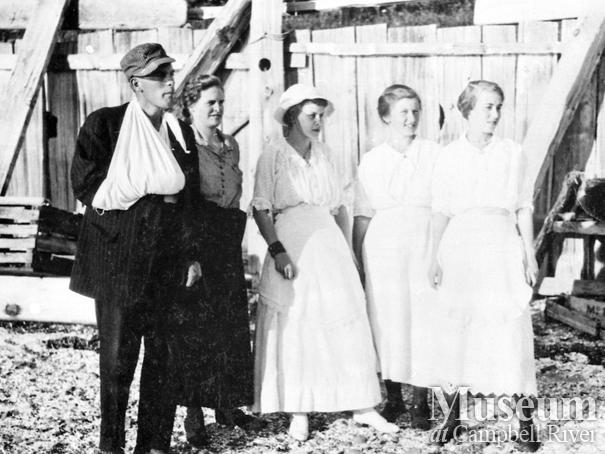 Group of Cortes Island settlers