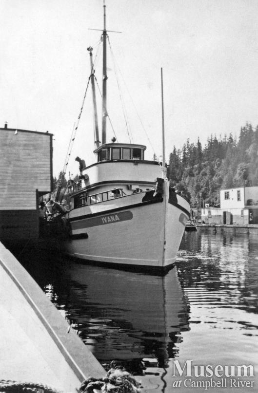 """Camp Scow and BC Packers Seiner, """"Ivana"""", at Quathiaski Cove, 1949"""