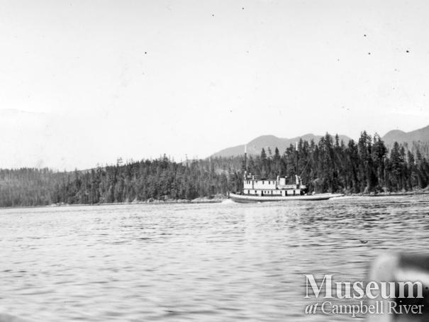 The tugboat Matilda Foss going through Green Point Rapids